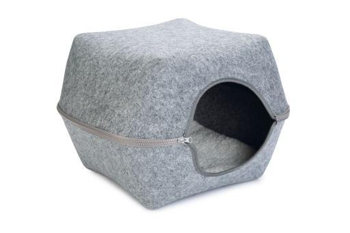 Beeztees yuit katteniglo vilt grijs 46x46x35 cm