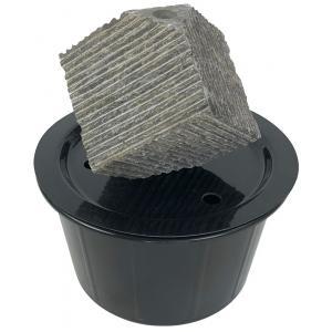 Kubus waterornament natuursteen 25 cm doorsnede
