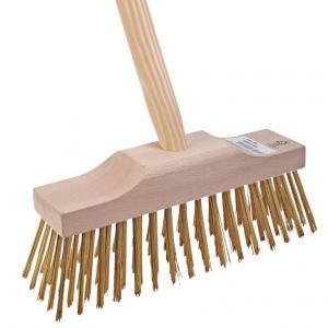 Terrasbezem groot met messing haren en steel specificaties: lengte steel: 140 cm materiaal steel: hout ...